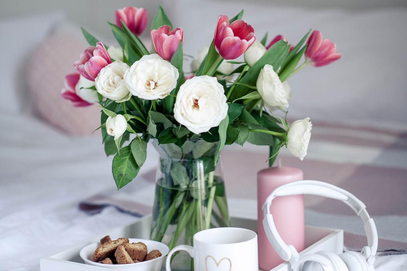 Ein Blumenstrauß. Thema: Unterkünfte in Deutschland